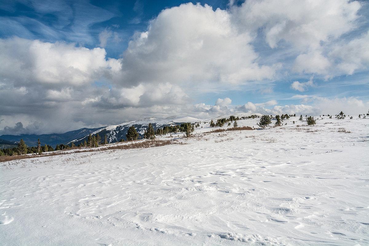 В горах Алтая - Андрей Поляков