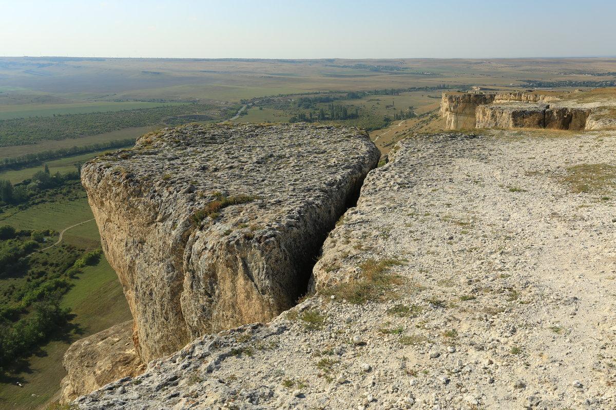 Белая скала Ак-Кая Крым - ninell nikitina