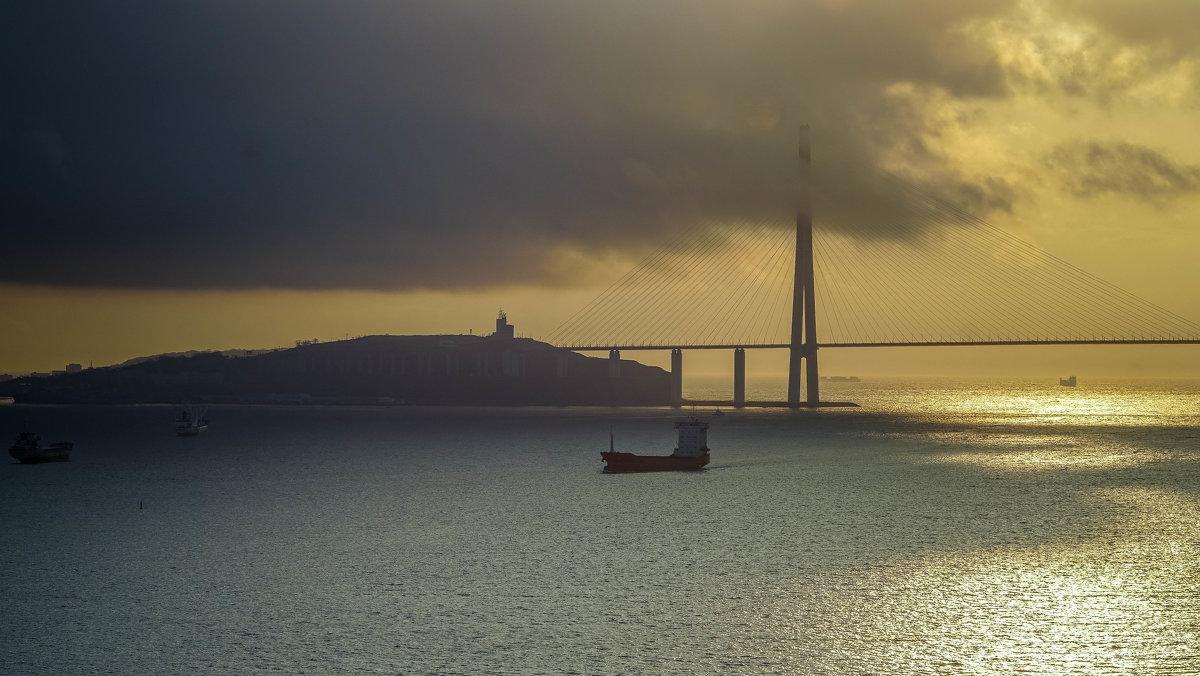 Бухта Золотой рог, Владивосток - Эдуард Куклин