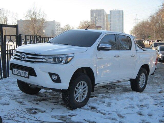 Белый пикап Toyota - Дмитрий Никитин