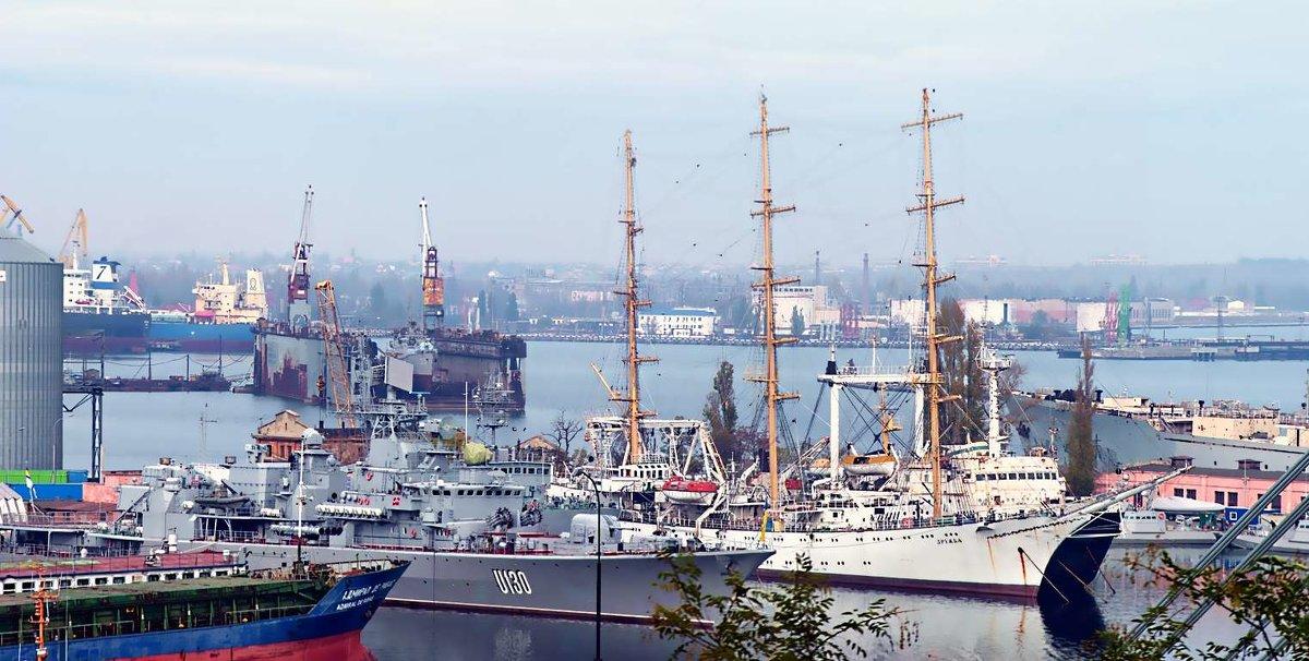Военная гавань - Александр Корчемный