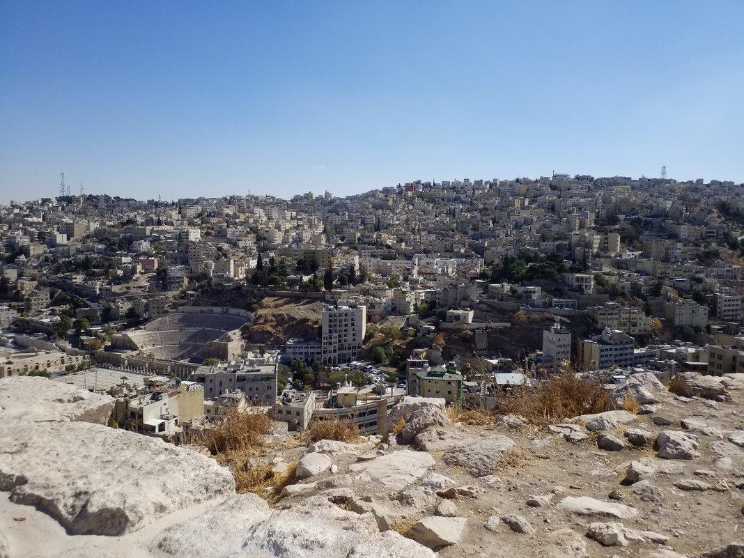 Амман.Историческая часть города.Снимок сделан из Цитадели. - Жанна Викторовна