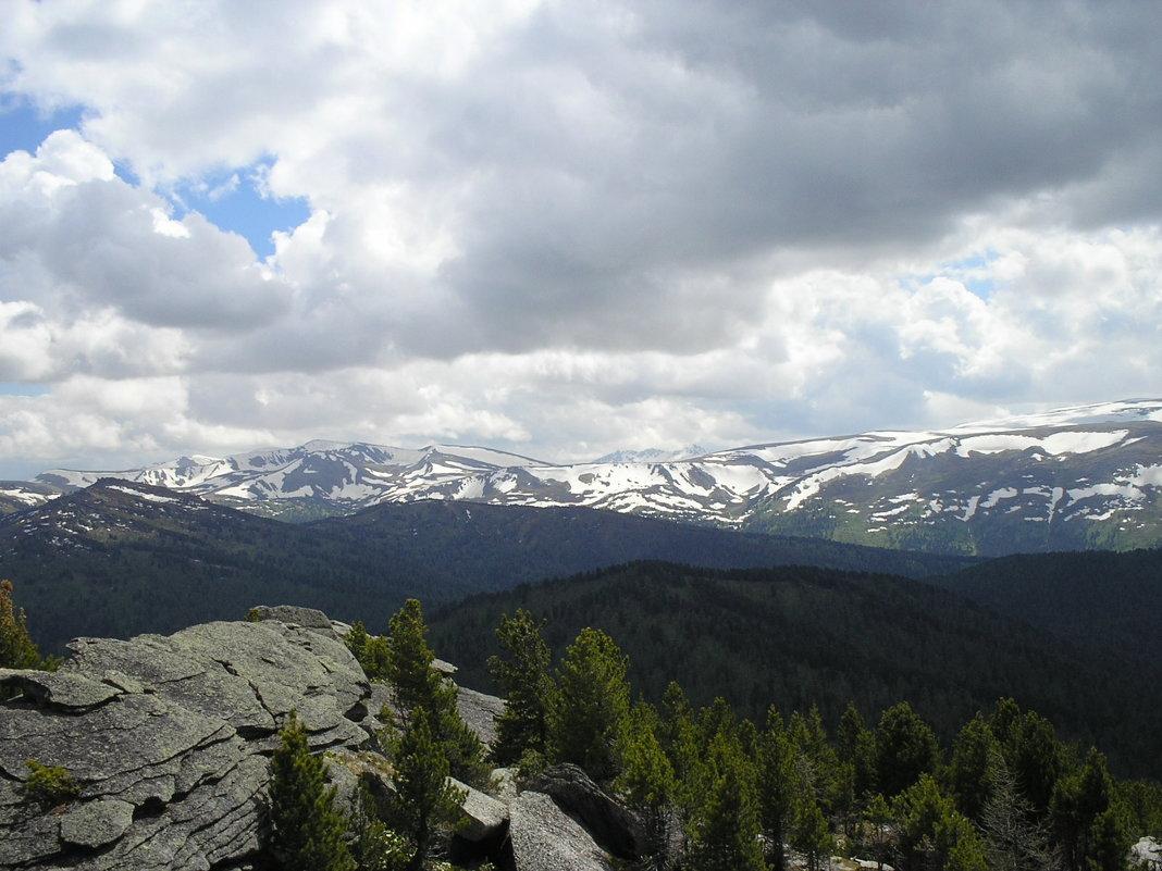 снег на вершинах гор - vladimir polovnikov