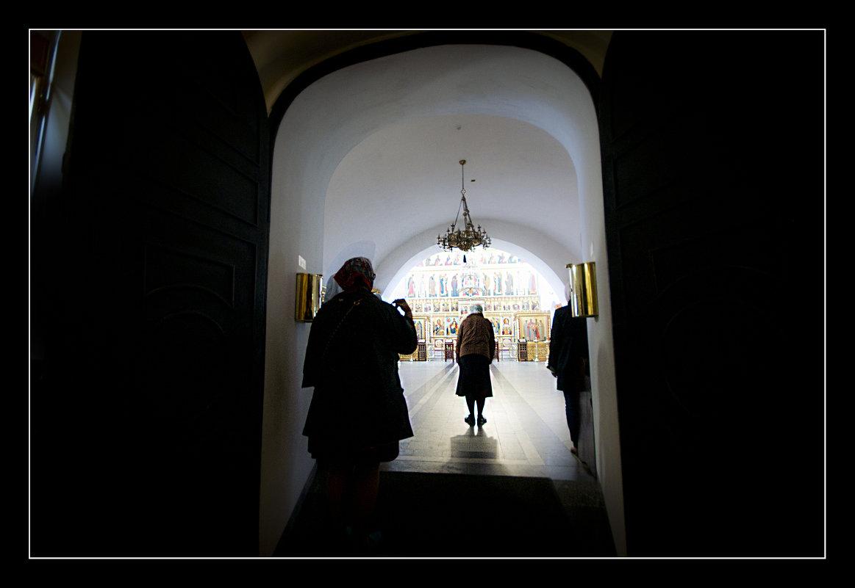 В Храме.... - Юрий Яньков