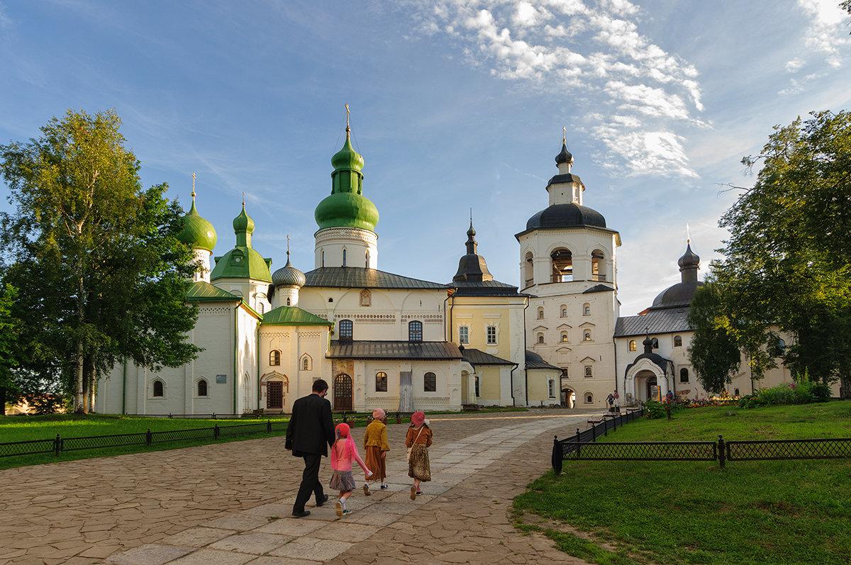 В Кирилло-Белозерском монастыре - Galina