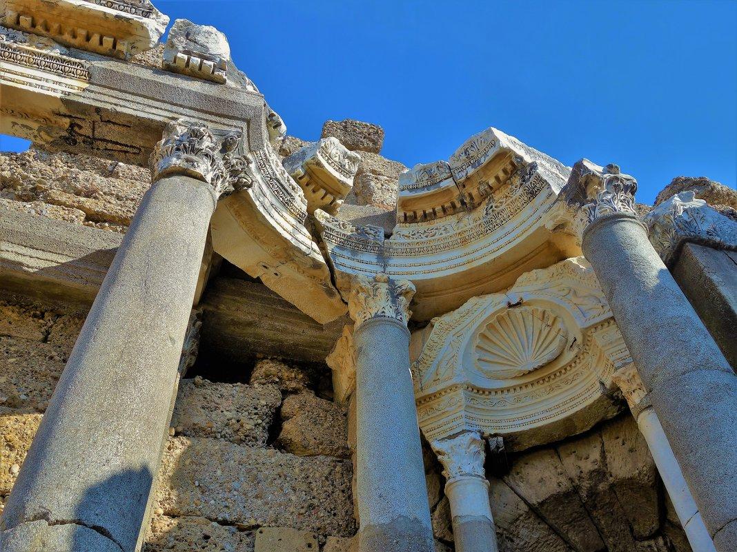 Здесь Древним Римом пахнет... - Sergey Gordoff
