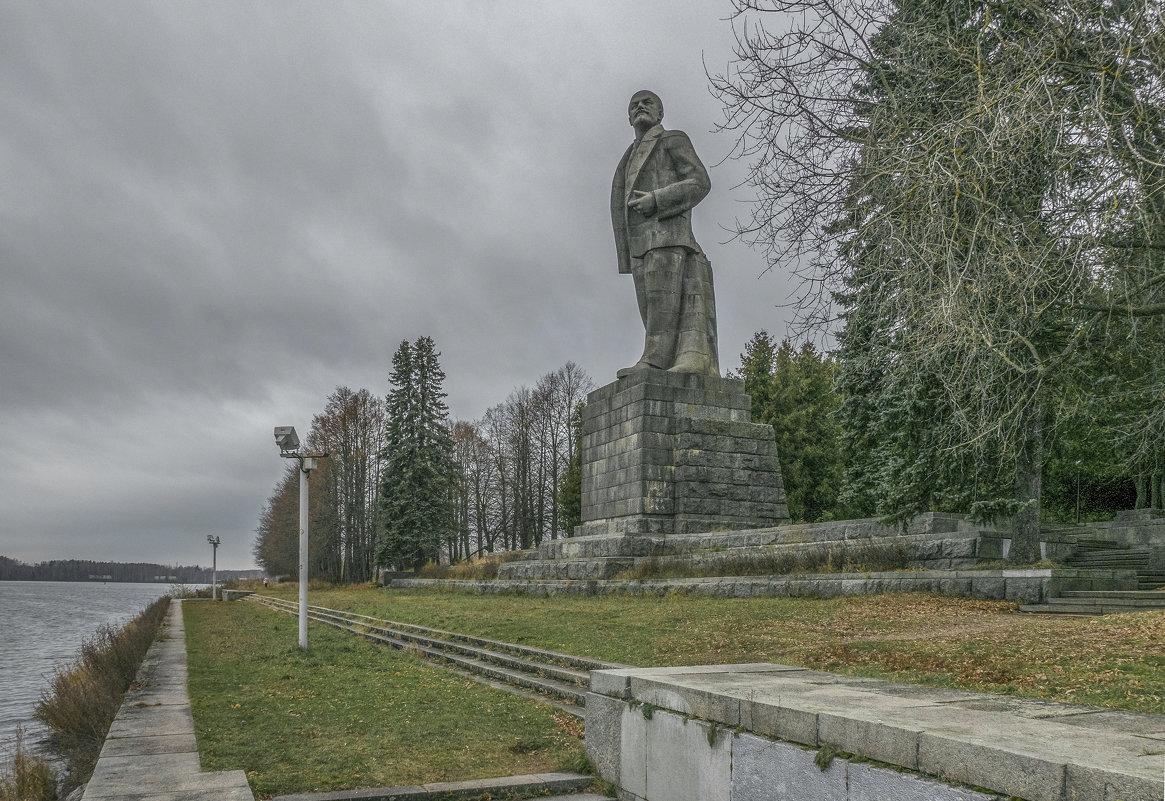 Памятник В.И. Ленину, Дубна. - Михаил (Skipper A.M.)