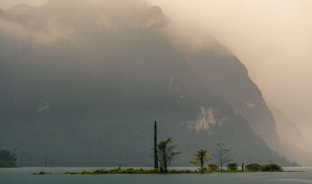 Солнце,туман и дождь...Таиланд! - Александр Вивчарик