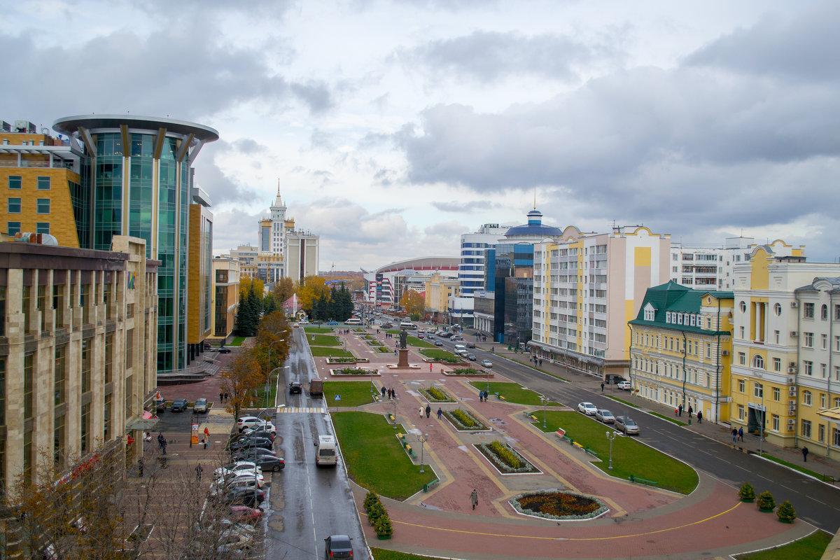 Экскурсия по осеннему Саранску 5 - Евгений Ломтев