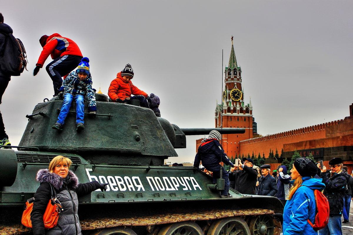 Красная площадь 7 ноября 2017 г - олег свирский