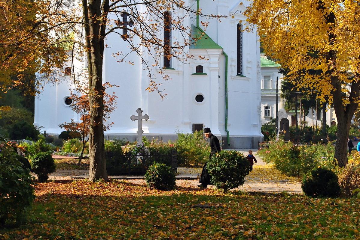 Экскурсия в выдубицкий монастырь Фото №4 - Владимир Бровко