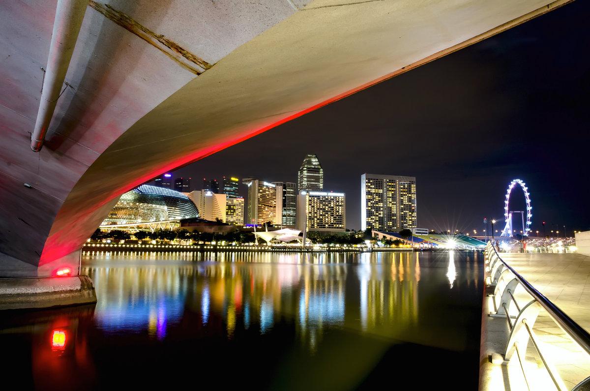 Вид на ночной Сингапур - Павел Сытилин
