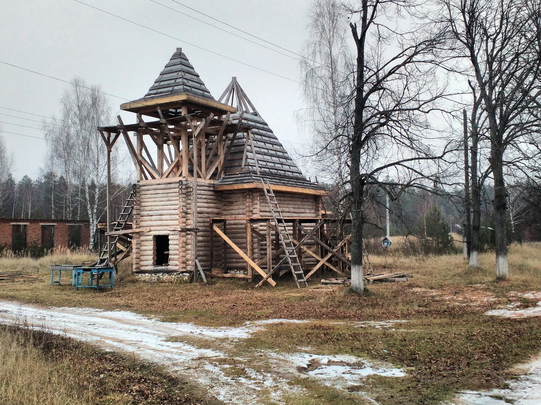 Строящийся храм в п.Озёрный (п.Москвотоп до 1948 года) - Николай Варламов