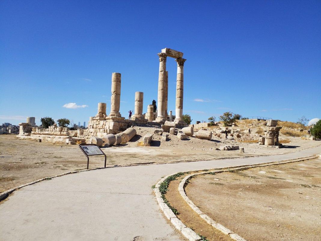 Храм Геркулеса.166г.н.э.Иордания.Амман. - Жанна Викторовна