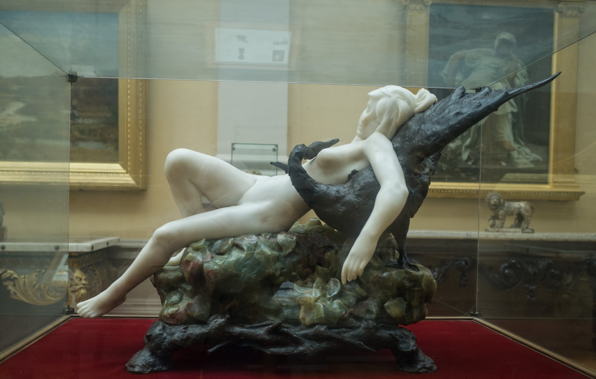 В музее (№05) - Андрей ТOMА©