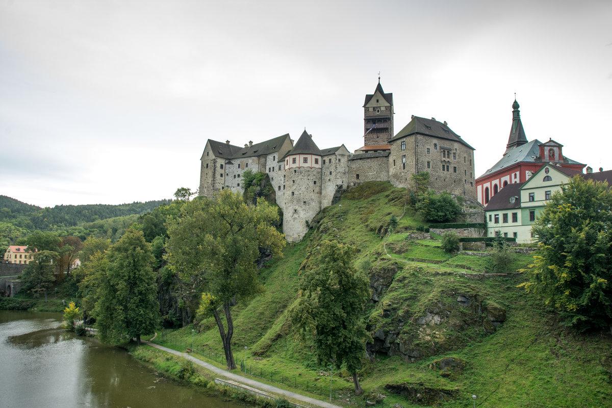 Замок - Stanislav Gvozdin