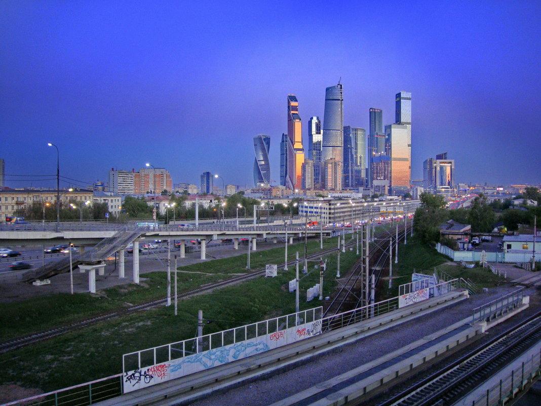 Сити. - Александр Бабаев