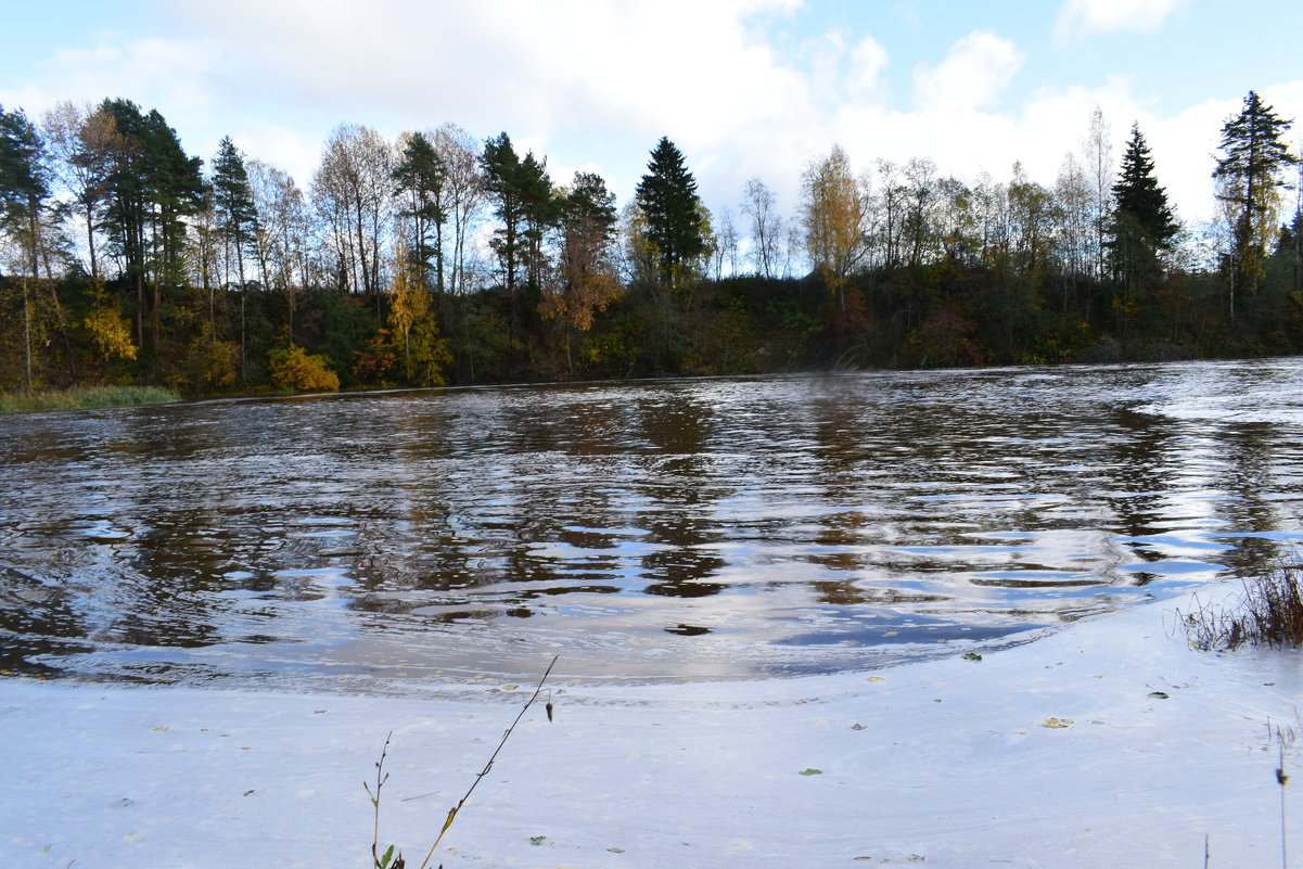 небольшое озеро - Андрей