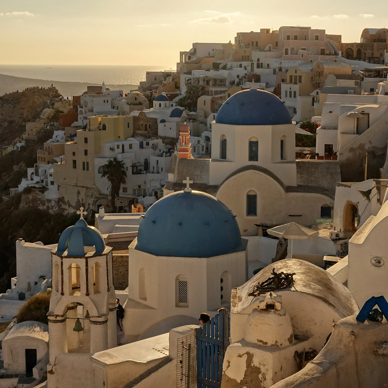 The famous church in Oia - Антон Мазаев