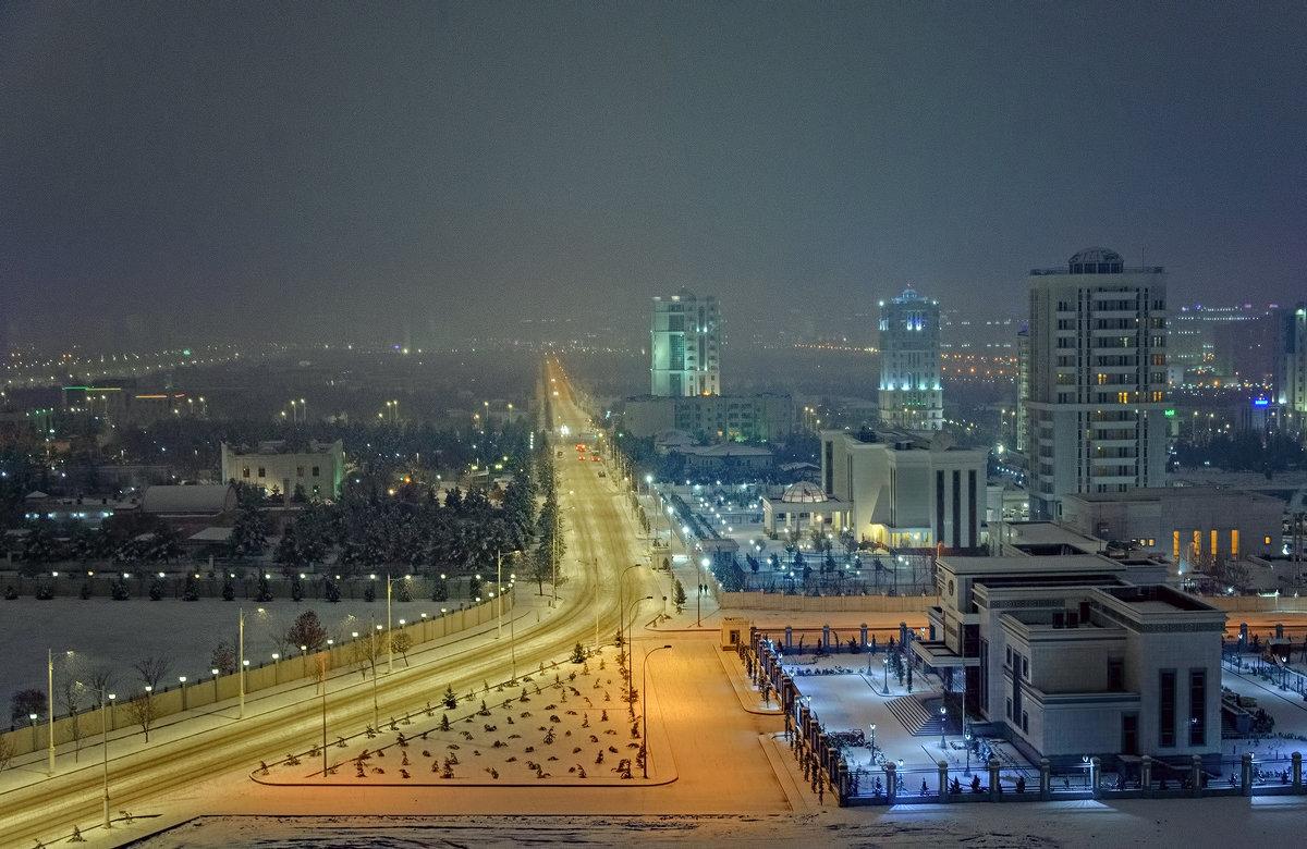 _Зимний вечер в городе. - Григорий Карамянц