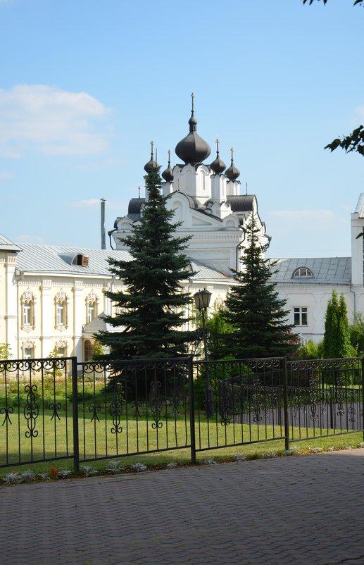 Монастырь - Ольга Беляева