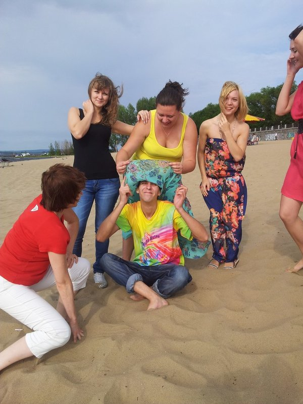 Развлекаемся на песке - Александр Апельсин