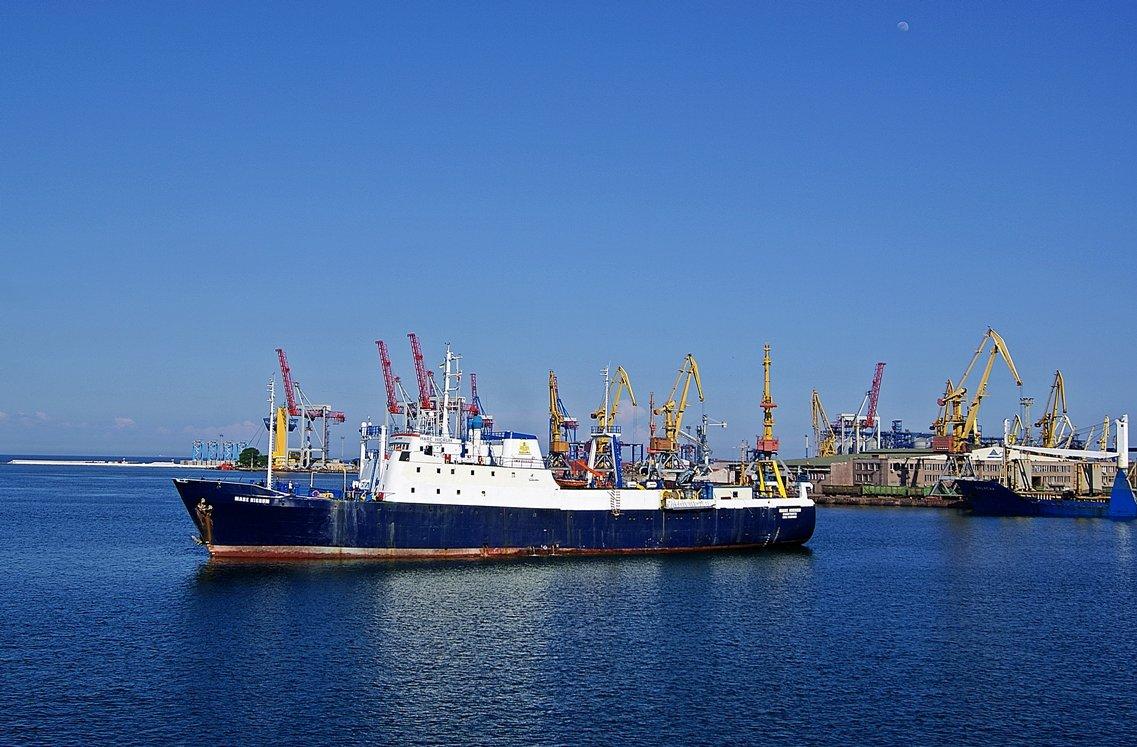 молдавский флот одесского порта - Александр Корчемный
