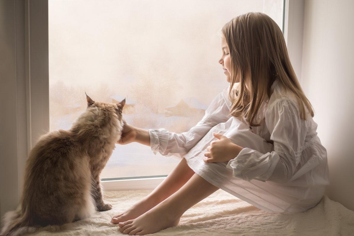 Девочка и кот - Лариса Фомина