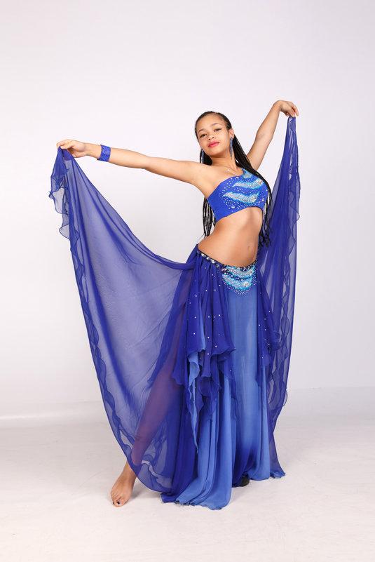 Танцовщица - Oleg Akulinushkin