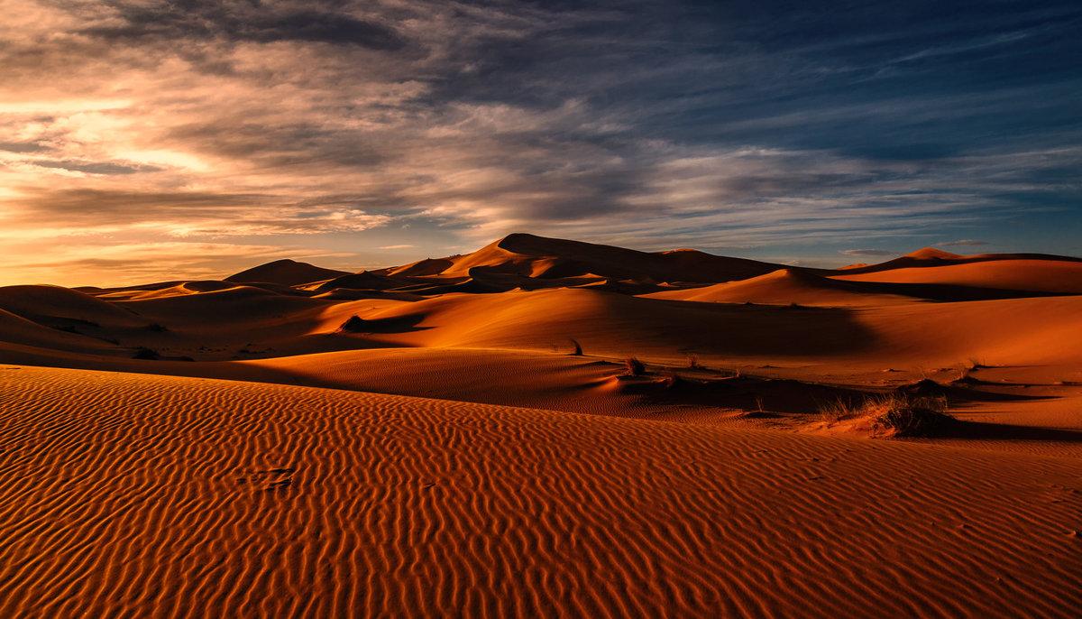 """Марсианское"" утро...Сахарские дюны близ Мерзуги.Марокко! - Александр Вивчарик"