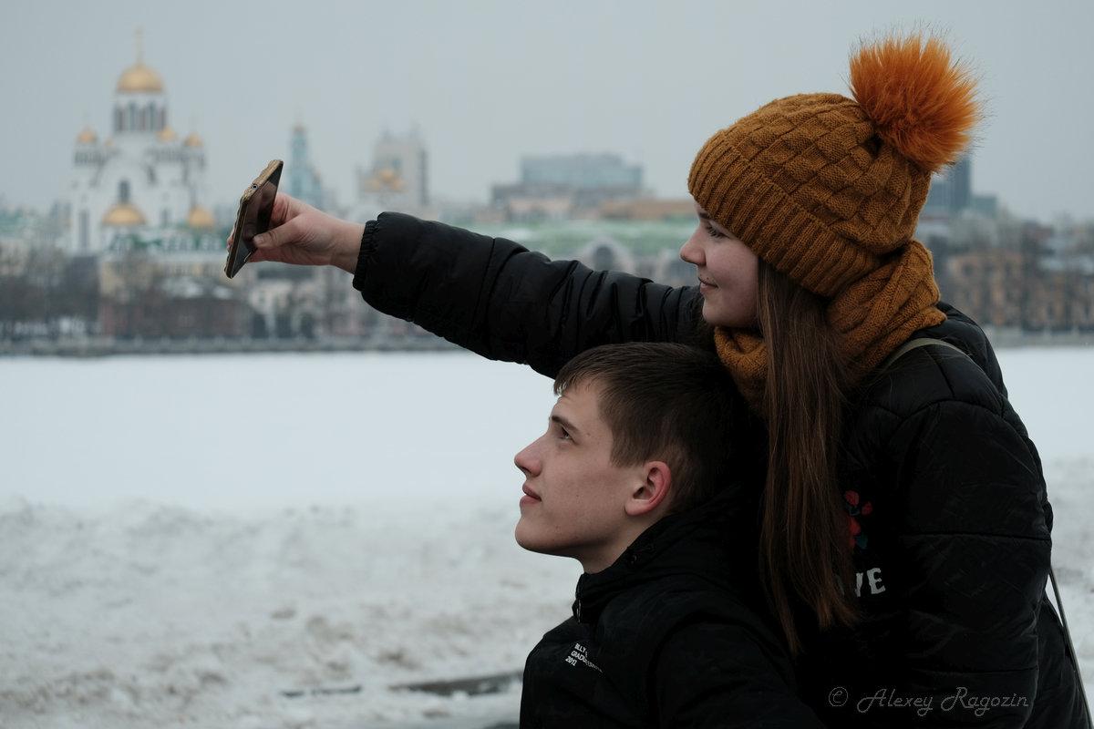 тяга к свету в сумерках - StudioRAK Ragozin Alexey