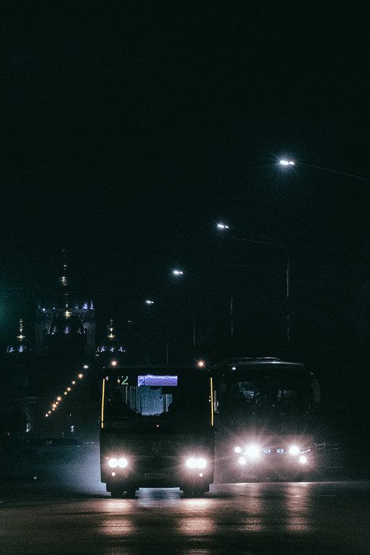 Улицы ночного города - Виталий Павлов
