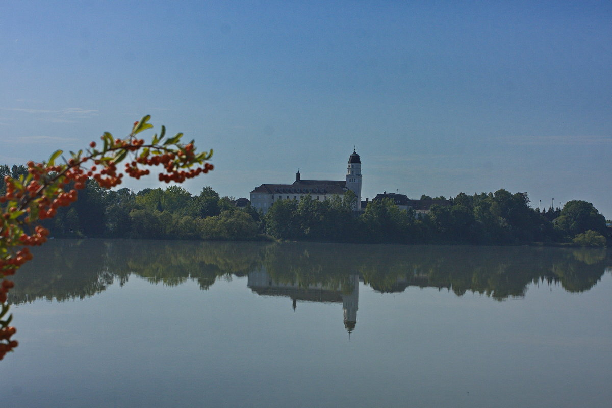 Монастырь на австрийской стороне - Вальтер Дюк