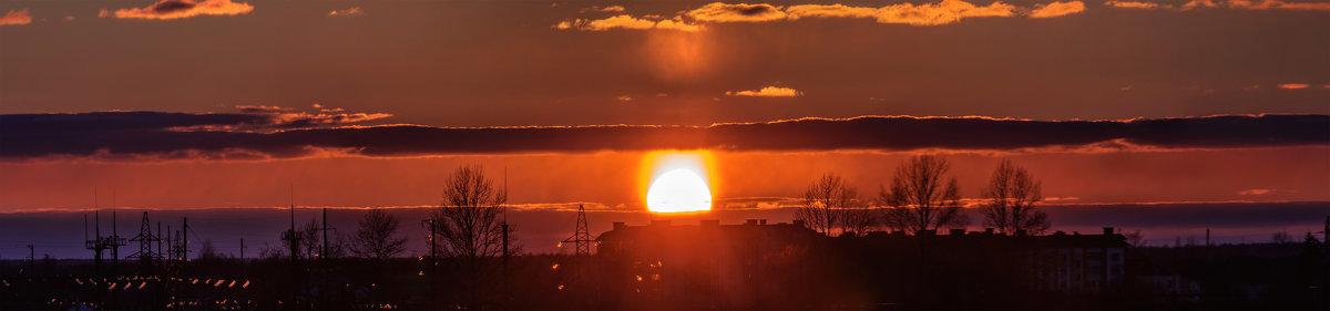 Солнечное гало на закате. 15.03.2018 - Анатолий Клепешнёв