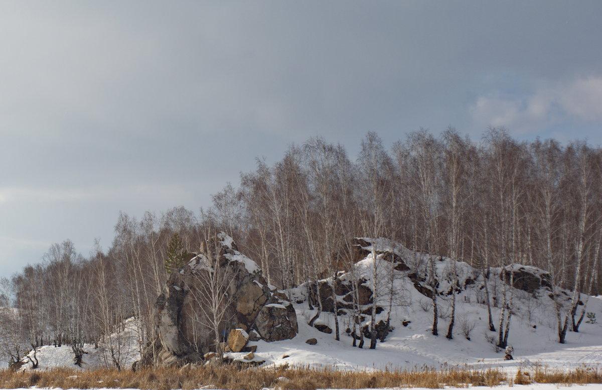 На слиянии реки Исеть и речушки Каменки. - Михаил Полыгалов