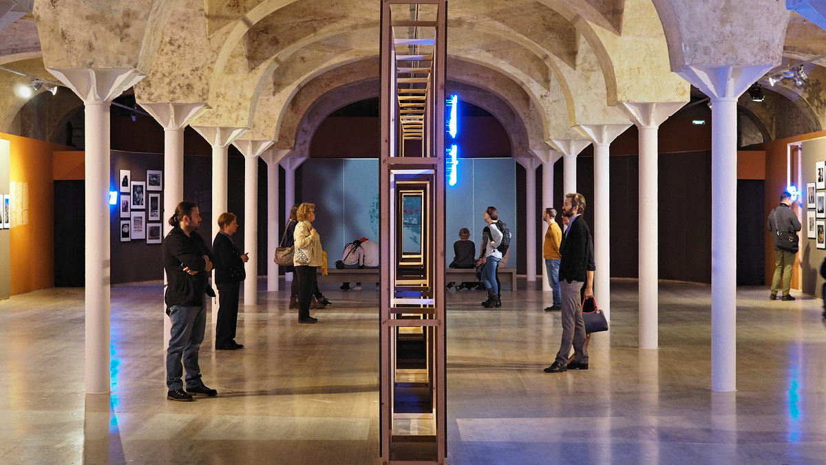 WINZAVOD Contemporary Art Center. Фотовыставка Best of Russia 2018. - Елена Бунак