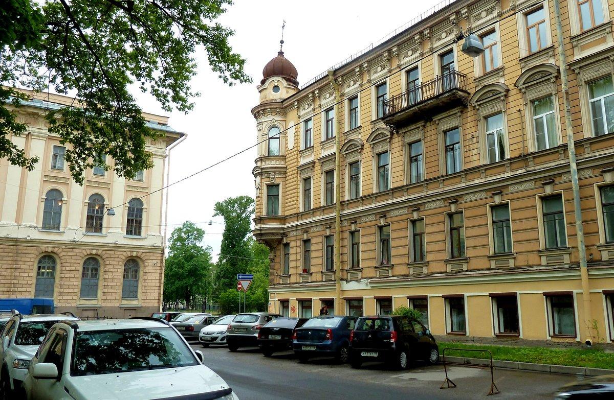Дом с башенками и Румянцевская площадь - Наталья Т