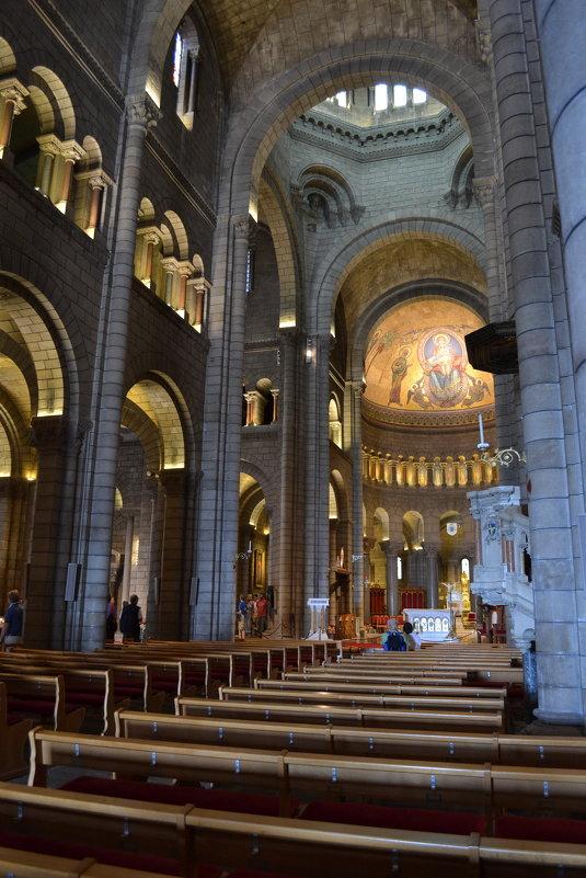 В кафедральном соборе Монако - Ольга