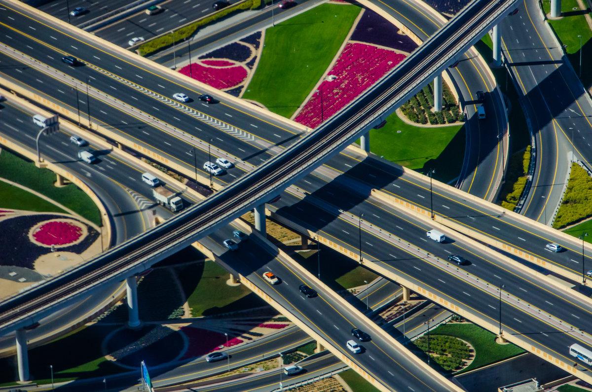 Дороги Дубая - Павел © Смирнов