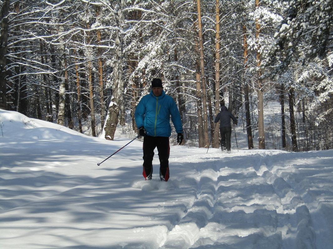 А лыжники рады возвращению Зимы - Galaelina ***