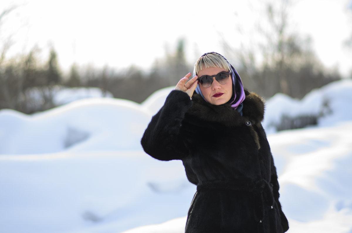 Девушка в очках - Татьяна Вобликова