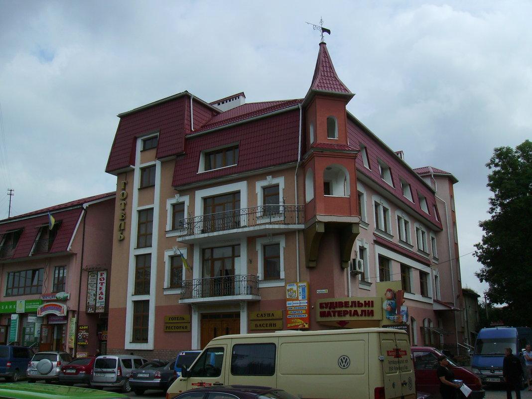 Гостиница   в   Надворной - Андрей  Васильевич Коляскин