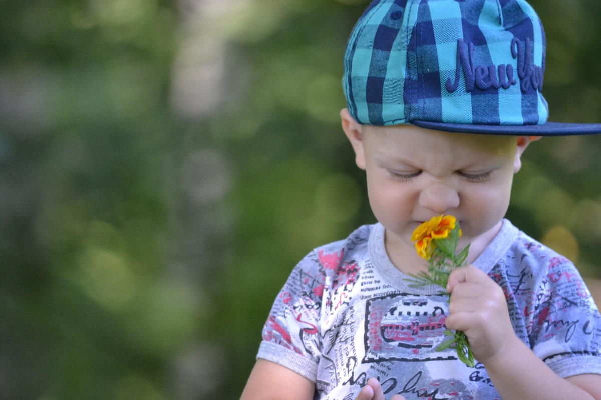 Малыш и цветок - Anna Selezneva