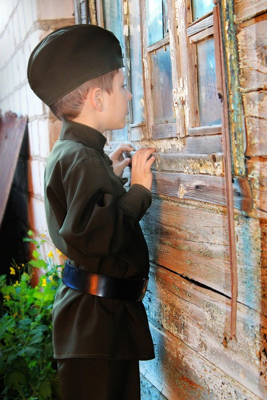 Маленький солдат - Зоя Васенкова
