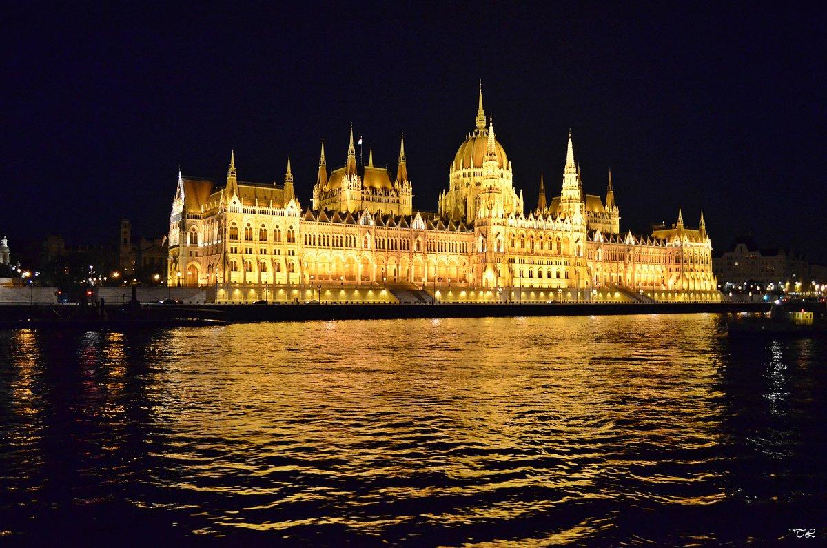 Будапешт. Парламент - Татьяна Ларионова