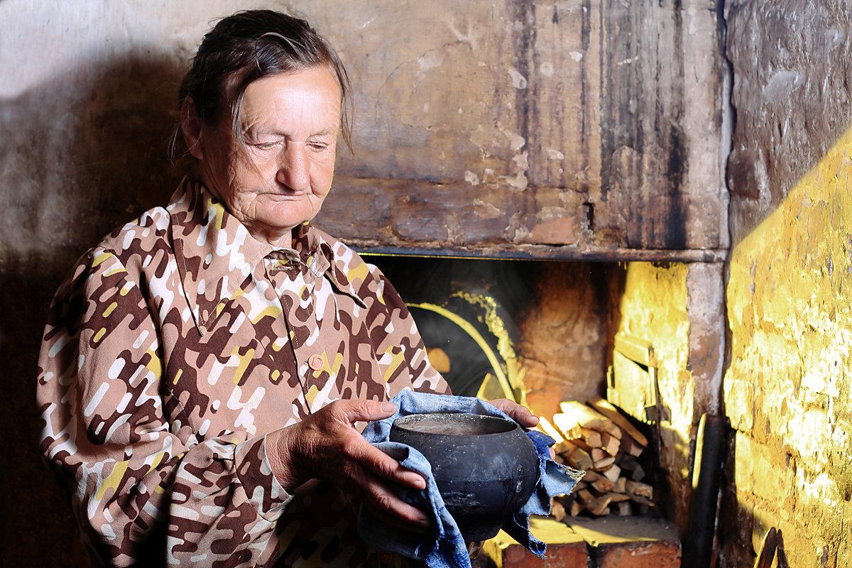Бабушка - Александр Семейников