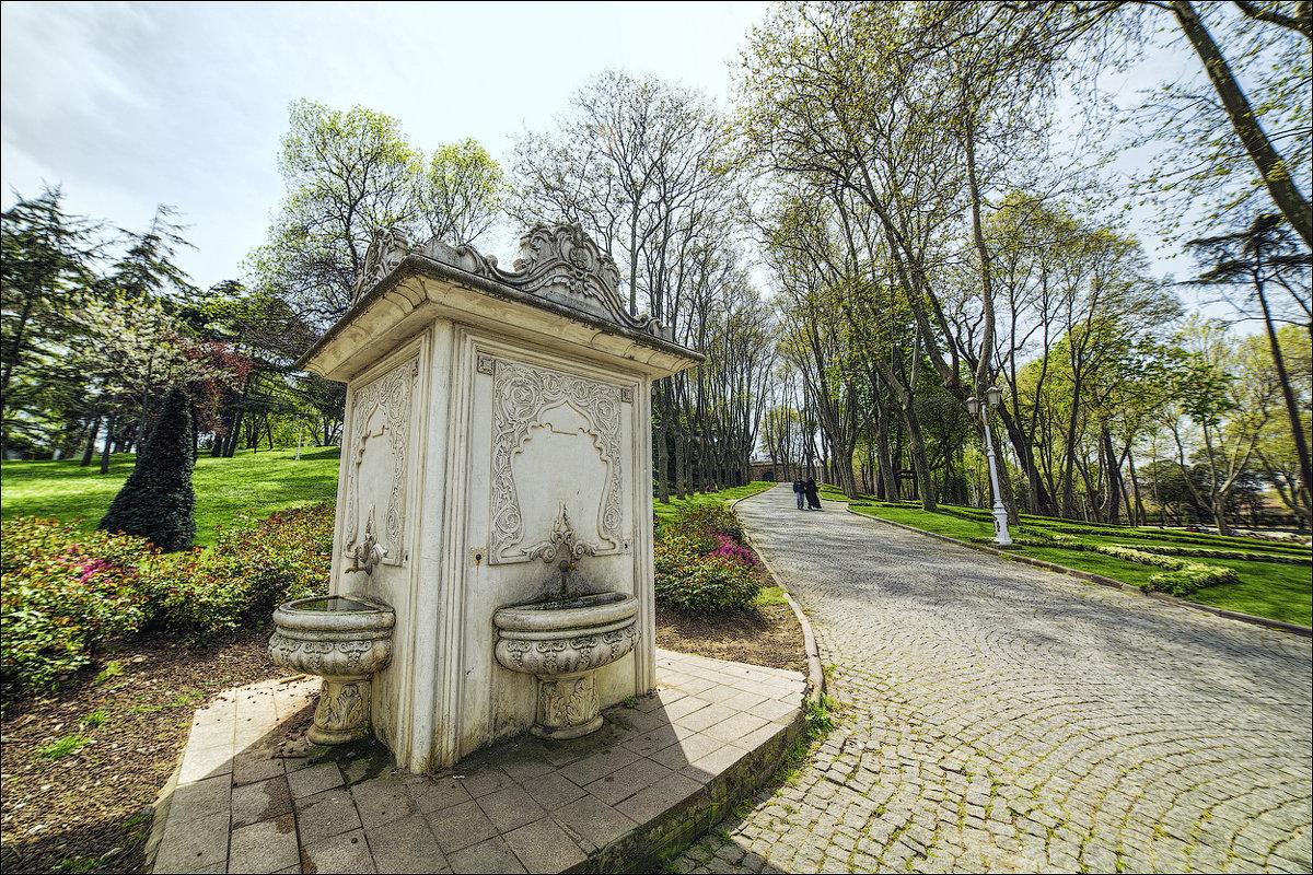 В парке Гюльхане - Ирина Лепнёва