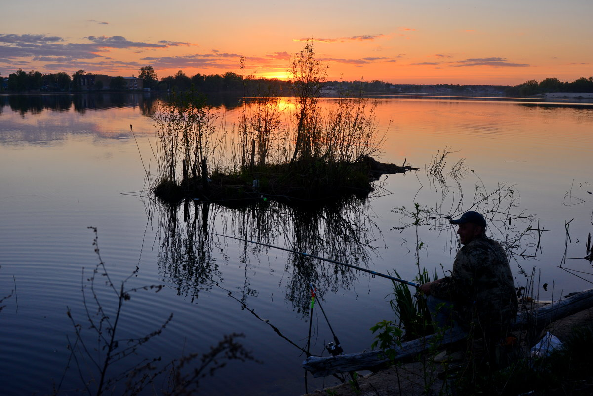На закате дня - Валерий Толмачев