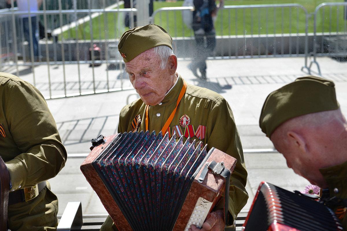 Споемте друзья - Valeriy(Валерий) Сергиенко