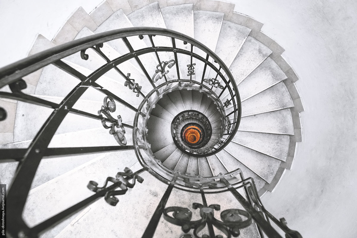 Лестница - Анна Аринова